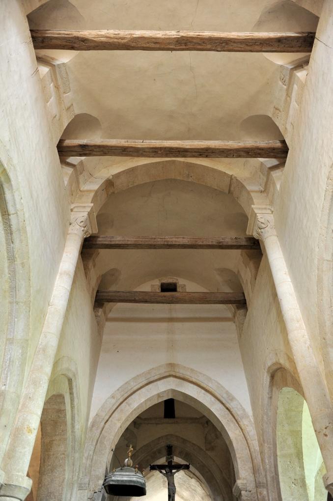 Bussy-le-Grand - Eglise Saint-Antonin (XIIe-XVe siècle) : élévation et voûte de la nef