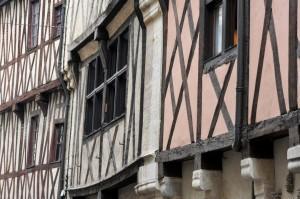 Dijon (21) - Maisons à pans de bois, rue Verrerie (XVe siècle)