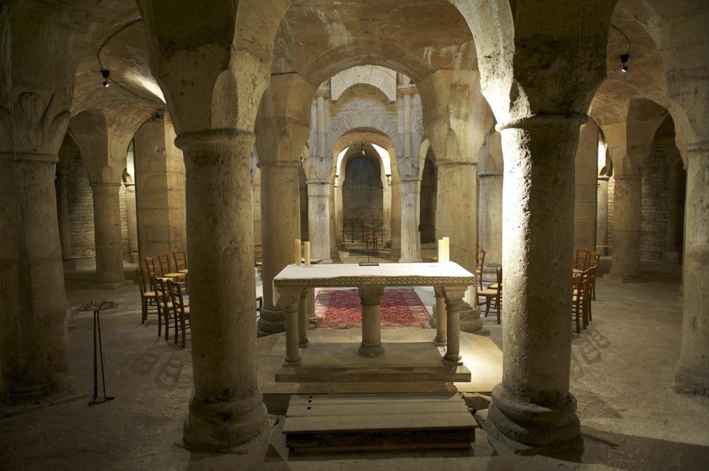 Dijon - Abbaye Saint-Bénigne : la crypte (début XIe siècle)