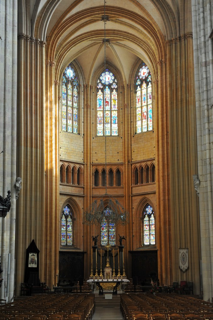 Dijon - Abbatiale Saint-Bénigne (aujourd'hui cathédrale) : le choeur (fin du XIIIe siècle)