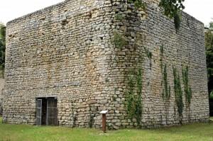 La Marche (58) - Tour du IXe ou début du Xe siècle
