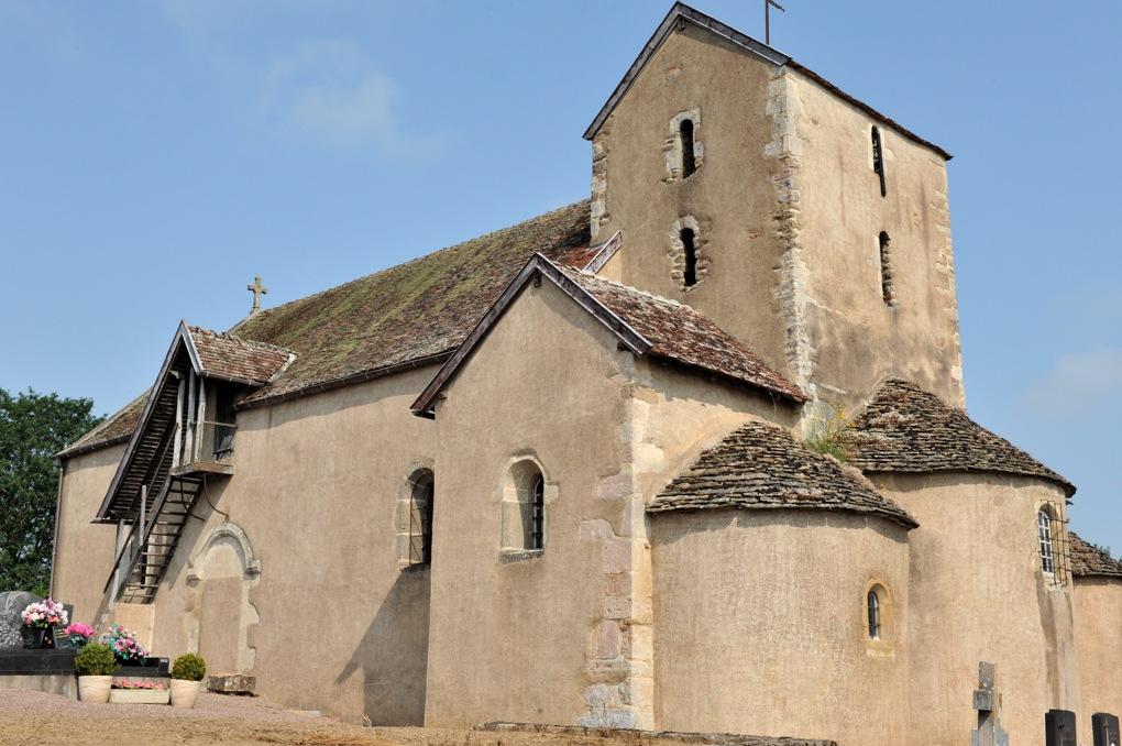 La Motte-Ternant - Eglise Saint-Martin (XIe-XIIe siècle) : vue générale