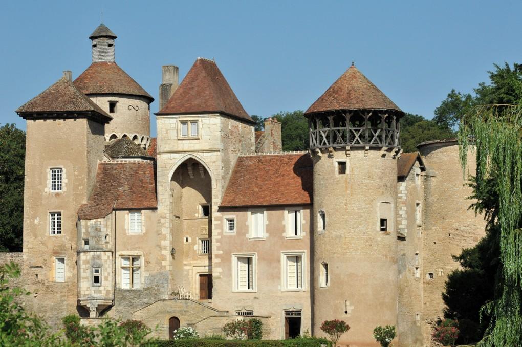 Sercy (Saône-et-Loire) - Château (XIIe-XVe s.)