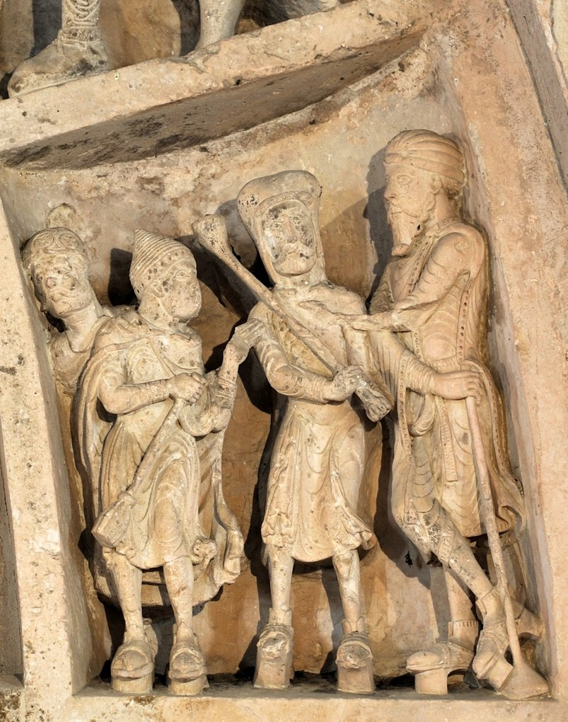 Vézelay - Abbatiale - Tympan central - caisson : Arméniens et Arabes ? (v. 1130)