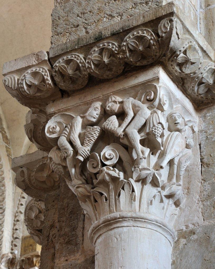Vézelay - Chapiteau de la nef - Collatéral sud : les quatre vents