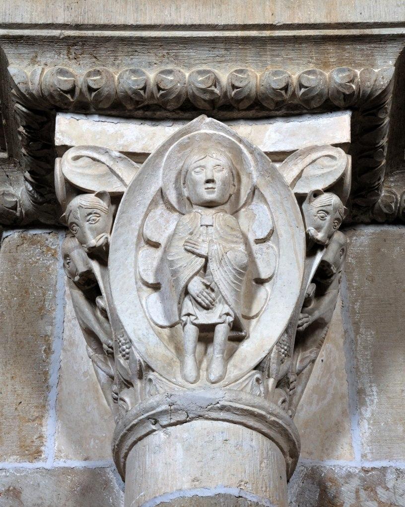 Vézelay - Chapiteau de la nef - Collatéral sud : Daniel dans la fosse aux lions