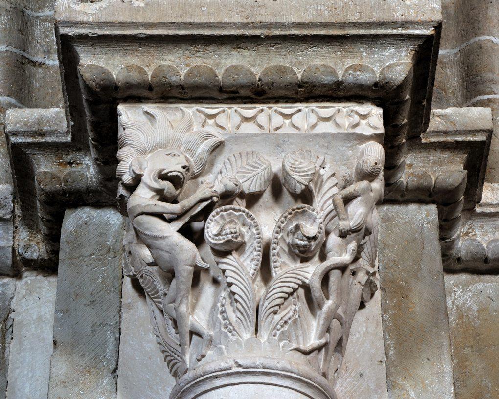 Vézelay - Chapiteau de la nef - Collatéral sud : la luxure et le désespoir