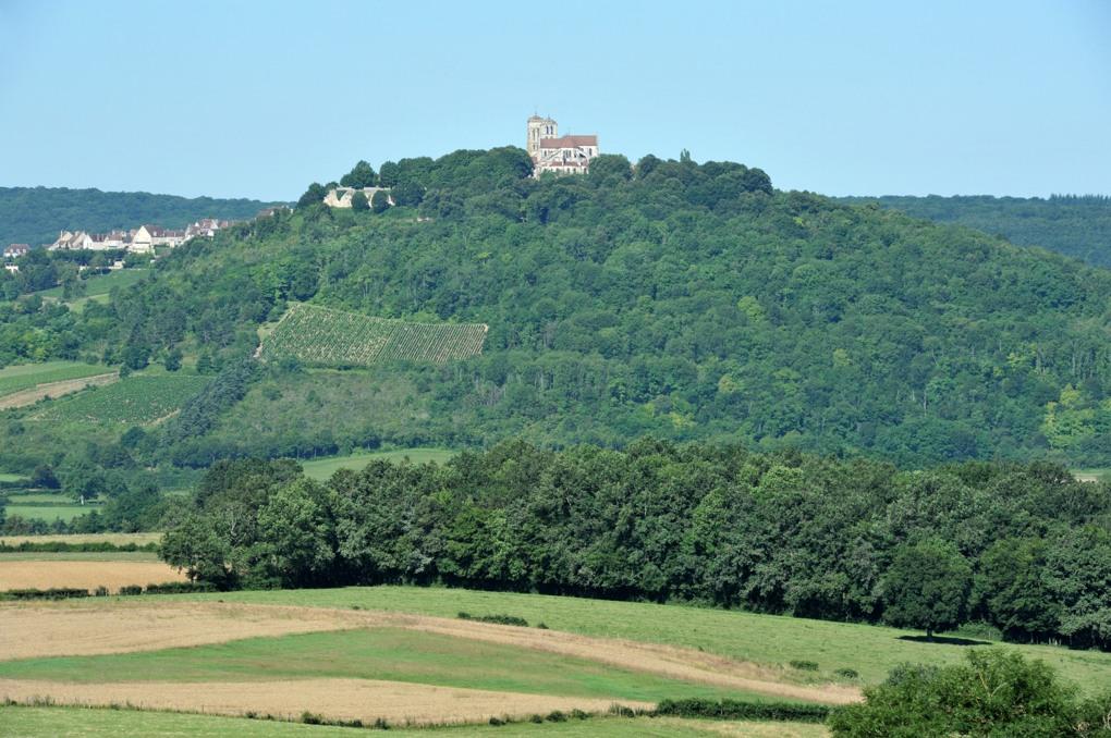 Vézelay - La colline depuis le hameau de Fontette