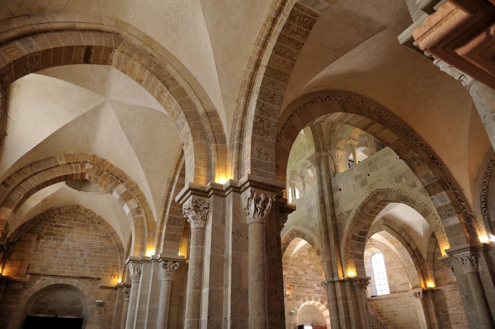 Vézelay - Le narthex (ou avant-nef)