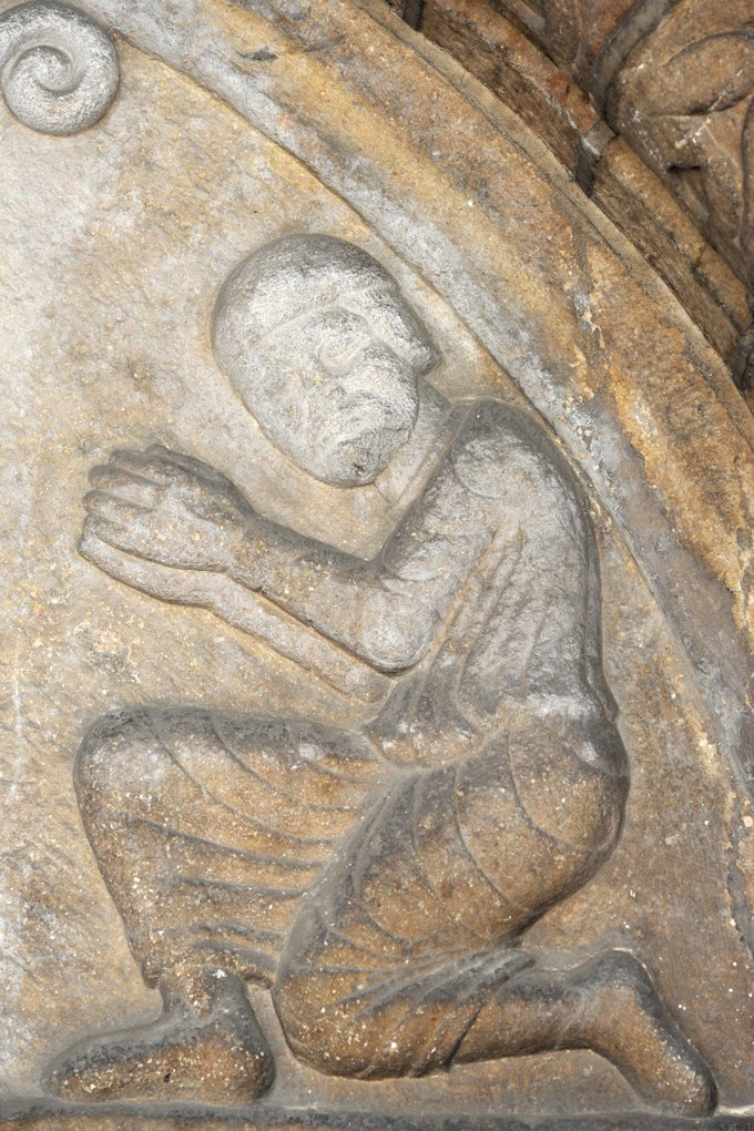 Beaune - Eglise Saint-Nicolas (fin XIIe-XVe siècle) - détail du tympan