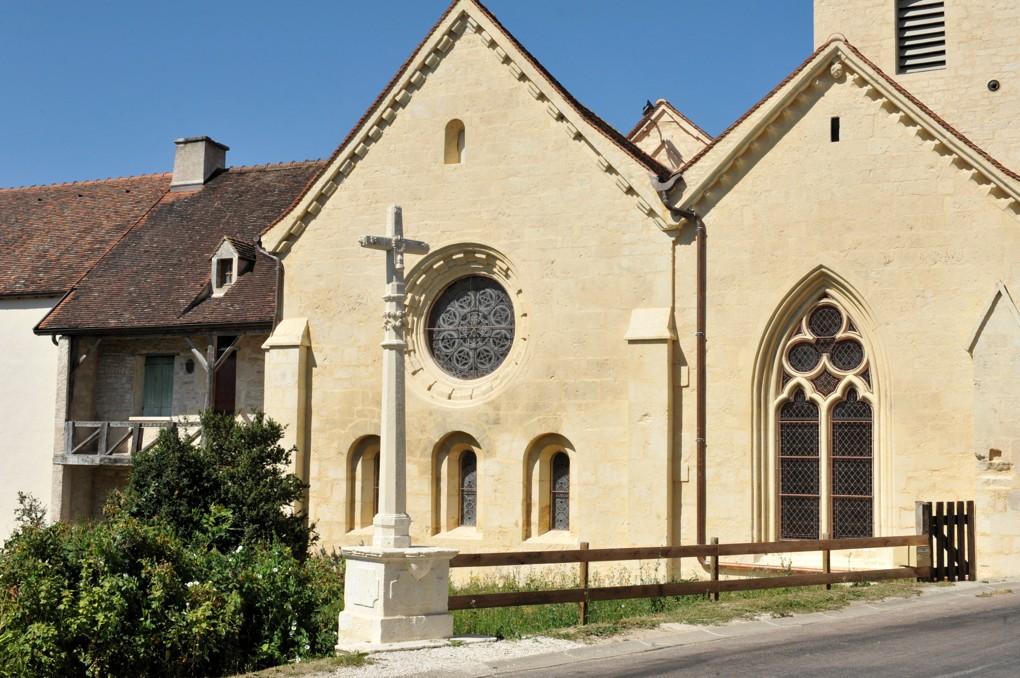 Bure-les-Templiers - Eglise Saint-Julien - Le chevet plat