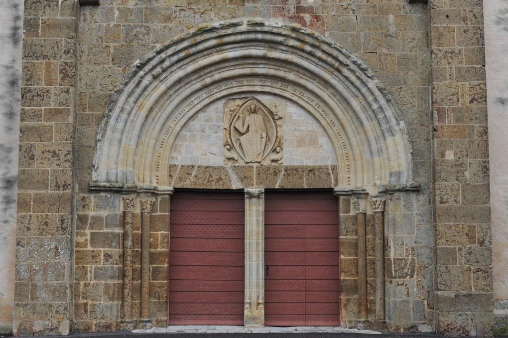 Cervon - Eglise Saint-Barthélémy - Portail occidental (milieu du XIIe siècle)