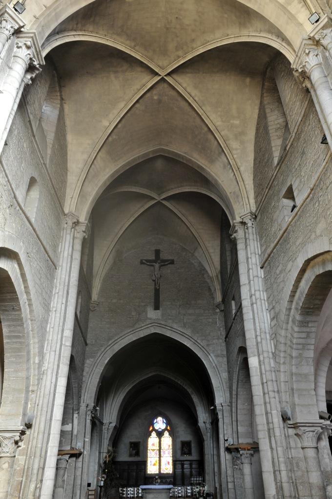 Chagny - Eglise Saint-Martin (XIIe-XVe siècle) - Voûtes de la nef (v. 1220)