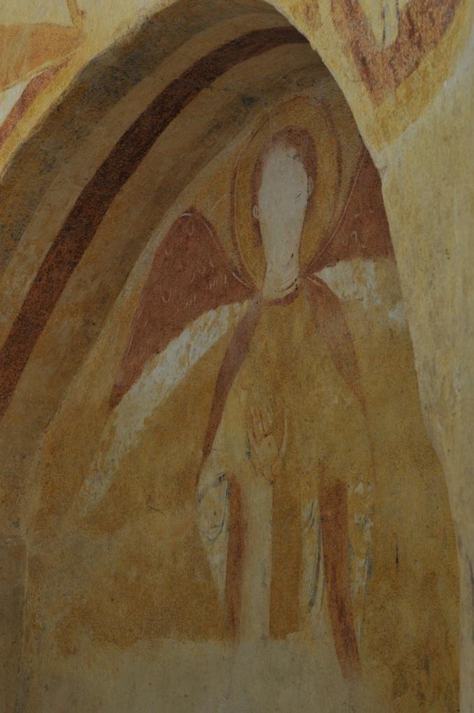 Combertault - Eglise Saint-Hippolyte - Fresques : ange (abside)