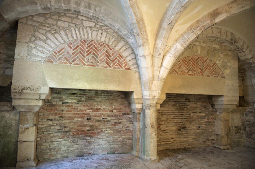 Montbard - Abbaye de Fontenay - Le chauffoir (XIIe siècle)