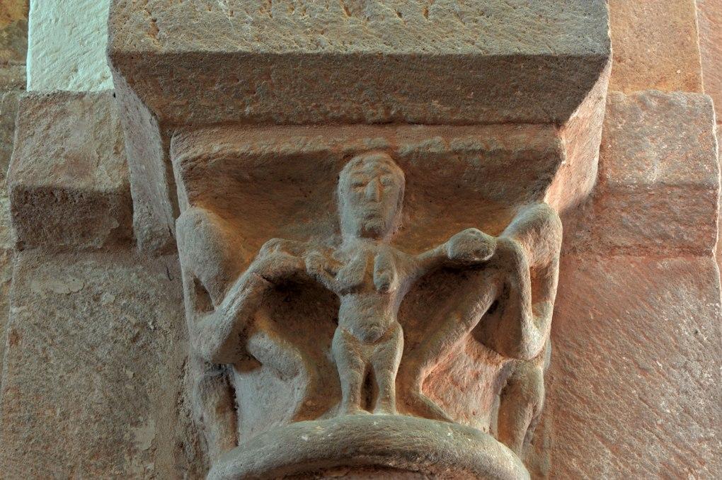 Gourdon - Eglise Notre-Dame-de-l'Assomption (XIIe siècle) - Chapiteau