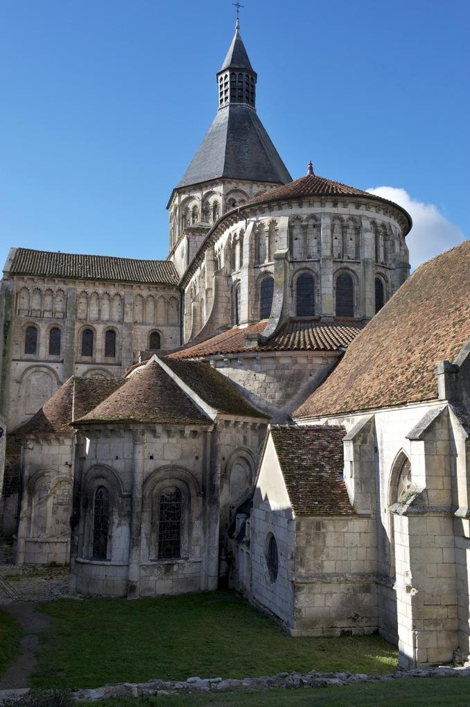 La Charité-sur-Loire - Eglise priorale - Le chevet roman (XIe-XIIe siècle)