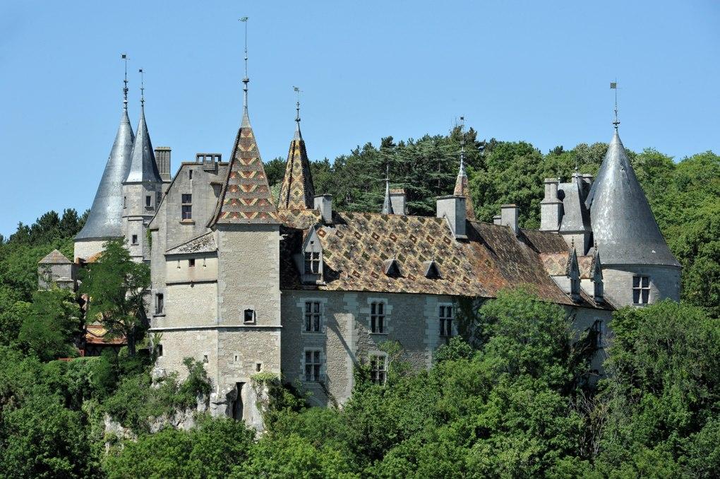 La Rochepot - Le château (XVe et XIXe siècle)