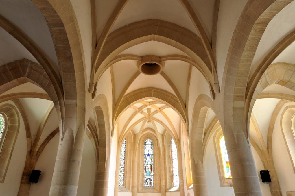 Ladoix-Serrigny - Chapelle Notre-Dame du Chemin (XIe et XVe siècle) - le choeur (XVe siècle)