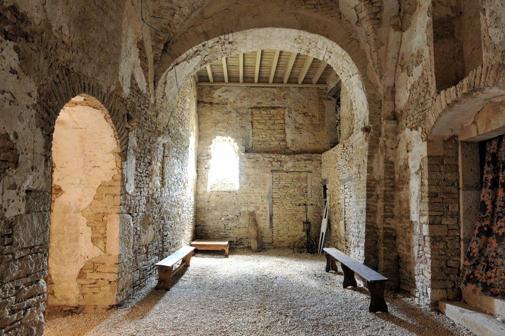 Ladoix-Serrigny - Chapelle Notre-Dame du Chemin (XIe et XVe siècle) - transept (XIe siècle)