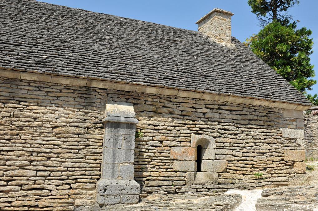 Mont-Saint-Jean - L'hôpîtal ou maison-Dieu (fin XIIe ou début XIIIe siècle)