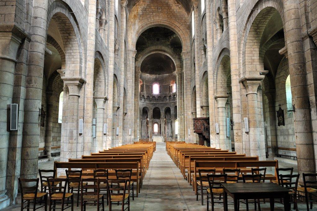 Nevers - Eglise Saint-Etienne (fin du XIe siècle)