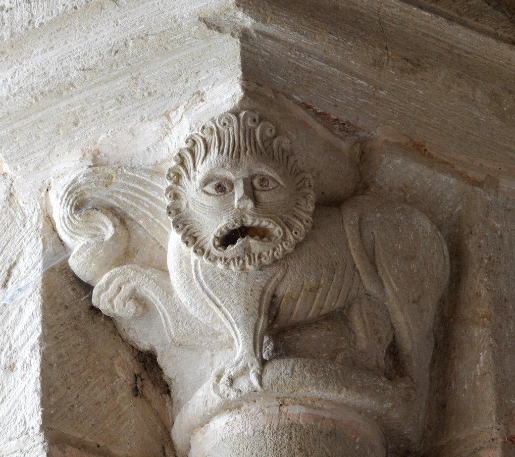 Saint-Révérien - Eglise Saint-Révérien - Chapiteau d'une absidiole (XIIe siècle)