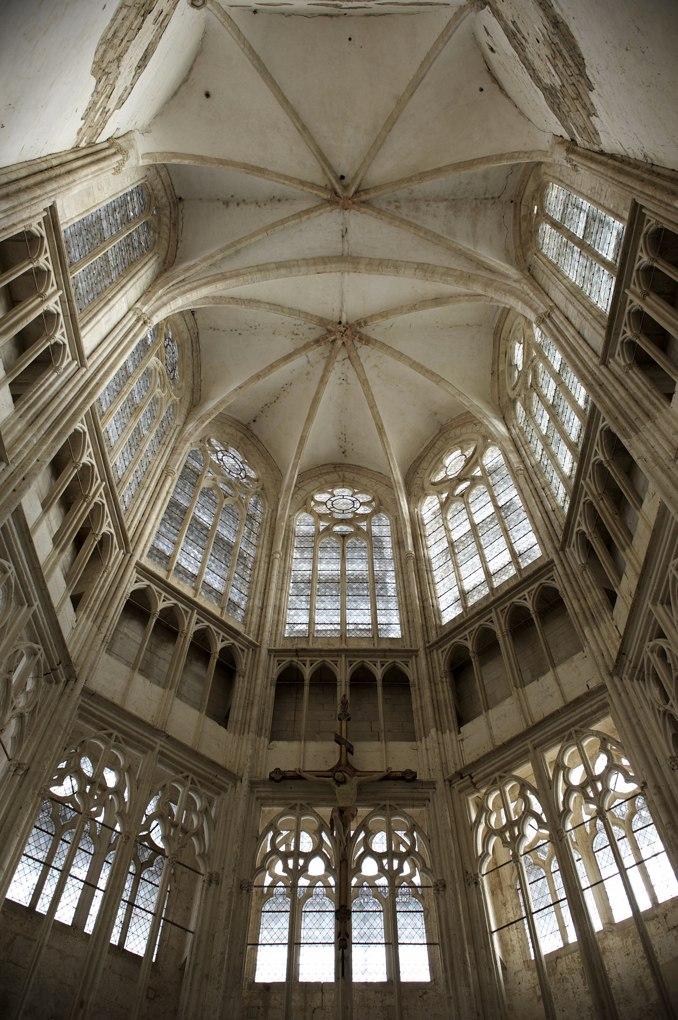 Saint-Thibault - Le choeur (début du XIVe siècle)