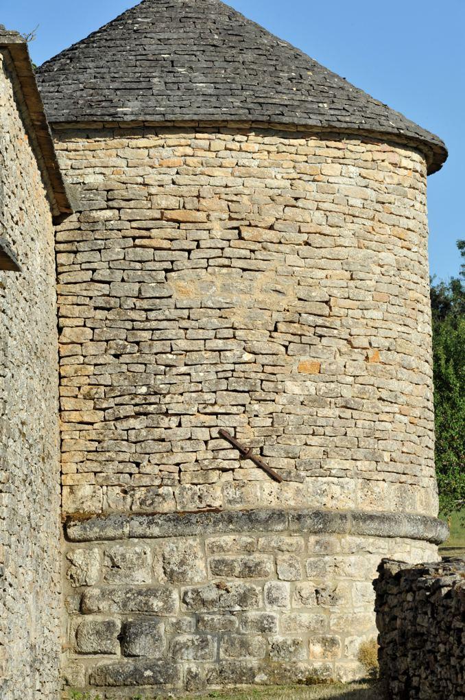 Salives - Les remparts (XIIIe-XVe siècle)