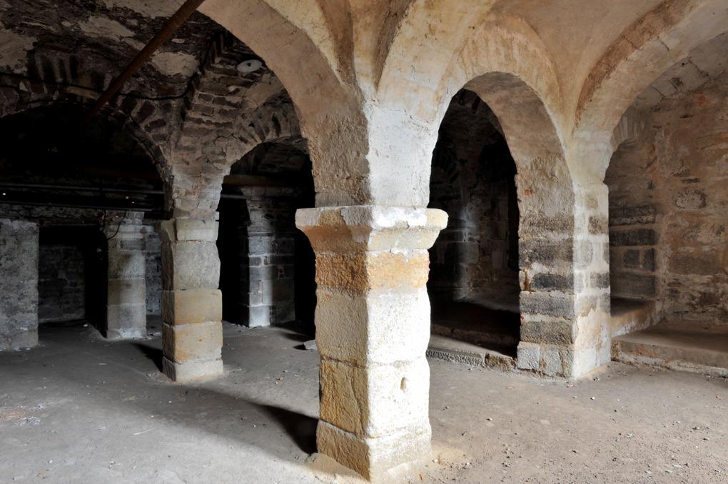 """Autun - """"Crypte"""" de Saint-Andoche (Xe siècle)"""