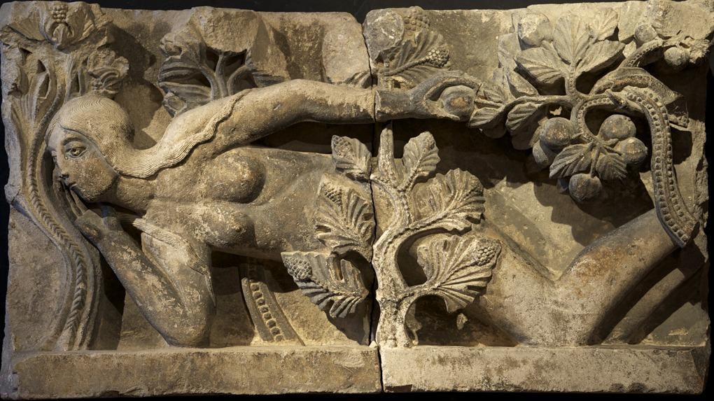 Autun - Musée Rolin : Eve, sculptée par Gislebertus (v. 1140)