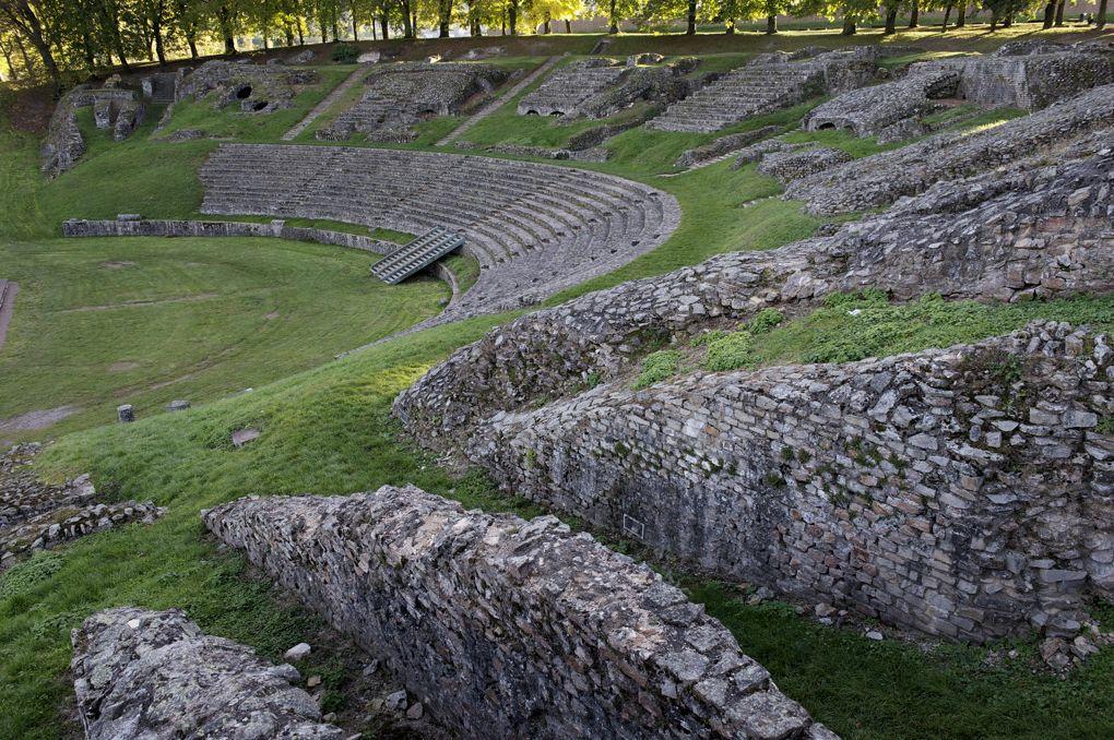 Autun - Théâtre romain (Ier siècle)