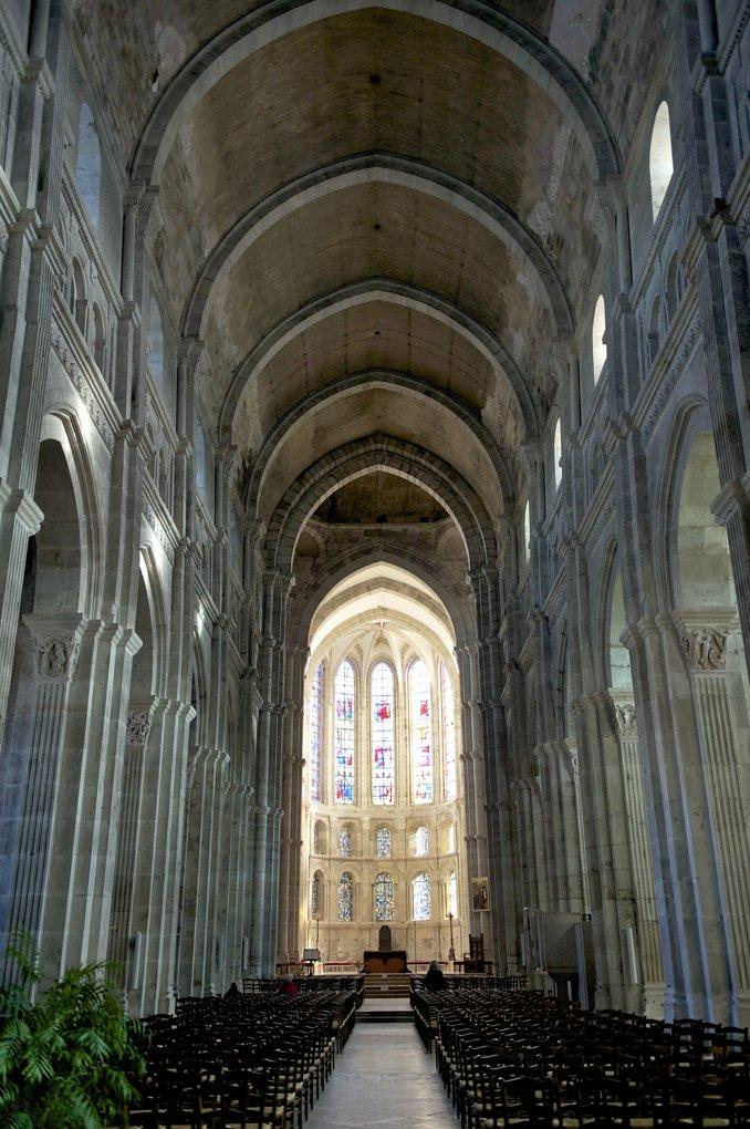 Autun - La cathédrale (XIIe et XVe siècle)