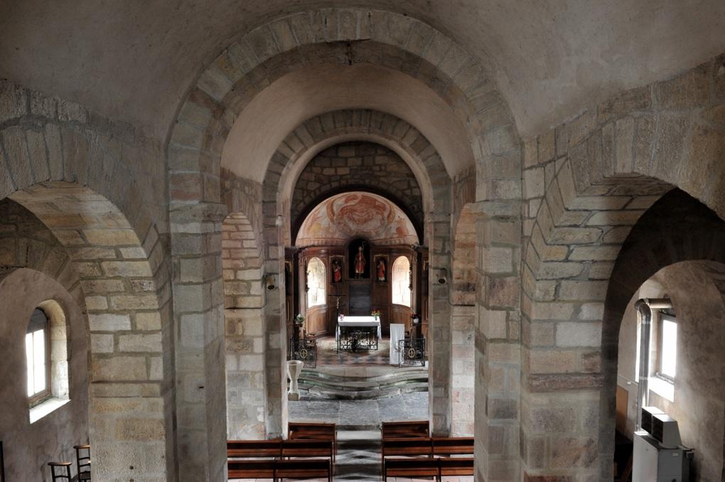 Curgy - Eglise Saint-Ferréol (début du XIIe siècle)