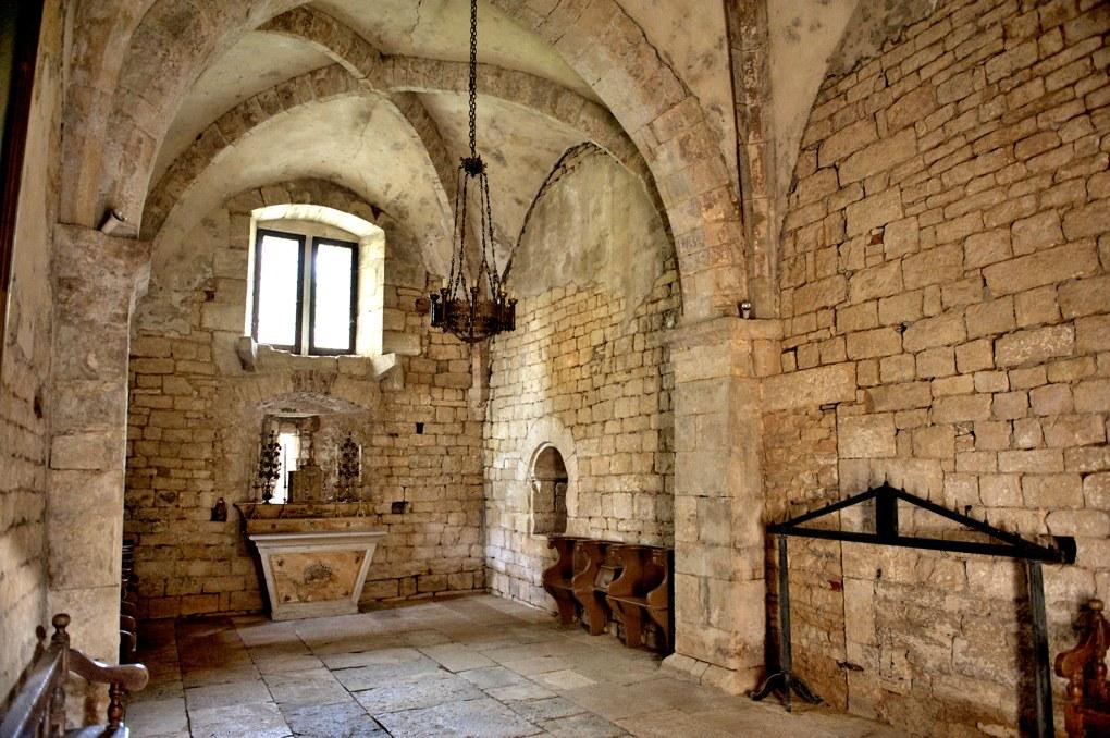 Mellecey - Château ducal de Germolles - Chapelle basse (XIIIe siècle)
