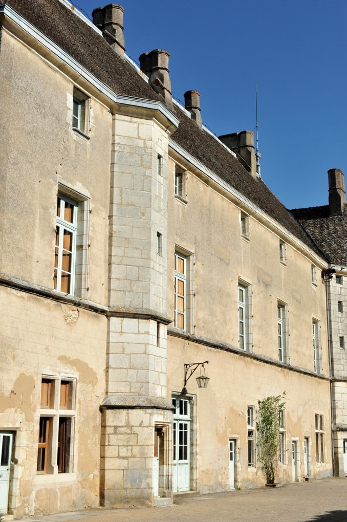 Mellecey - Château ducal de Germolles - Corps de logis principal (fin du XIVe siècle)
