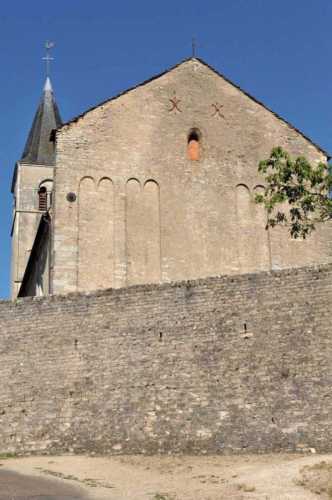 Mellecey - Eglise Saint-Pierre - façade à décor d'arcatures lombardes