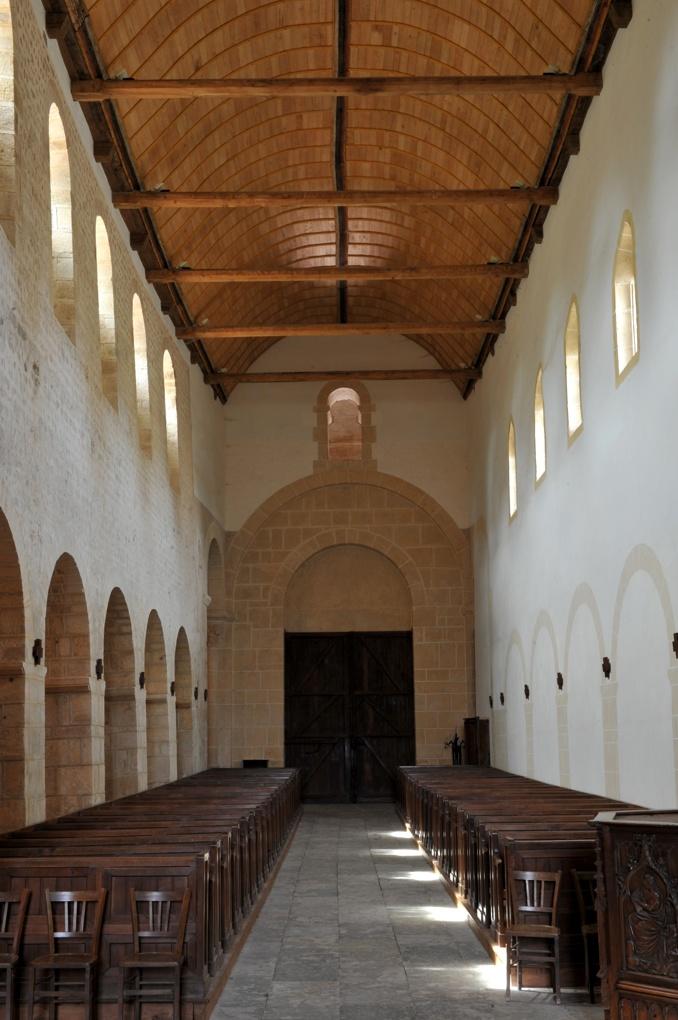 Perrecy-les-Forges - Priorale - La nef (2e quart du XIe siècle)
