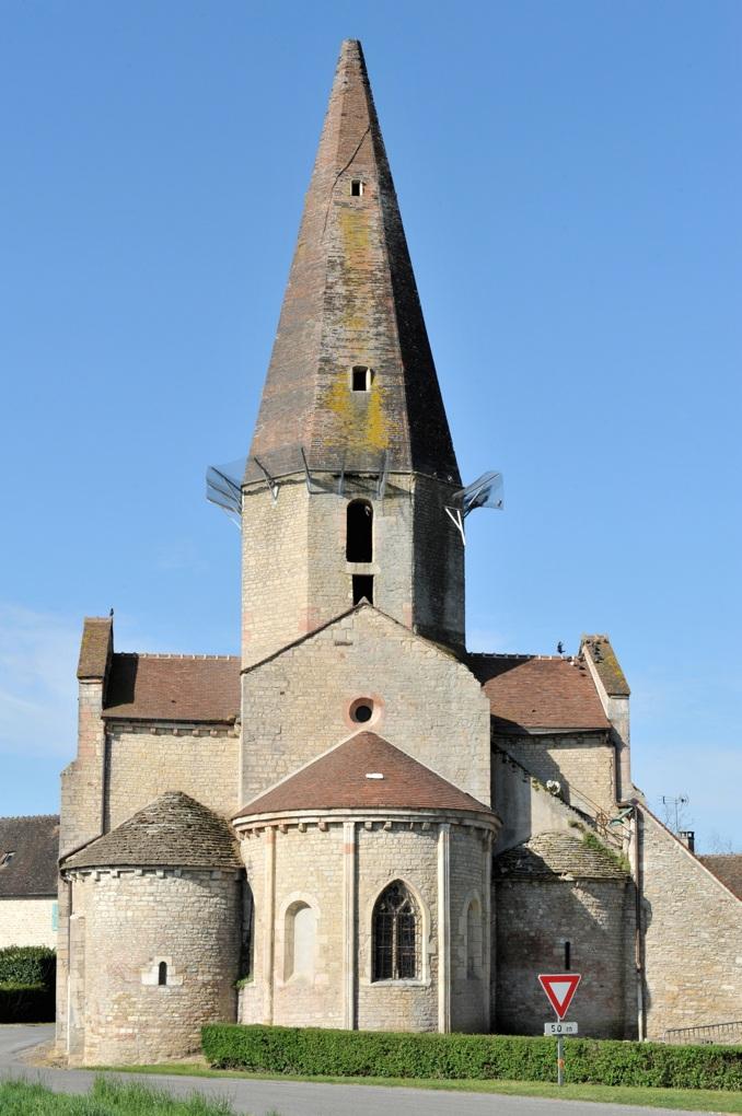 Saint-Christophe-en-Bresse - Eglise romane (XIIe siècle)