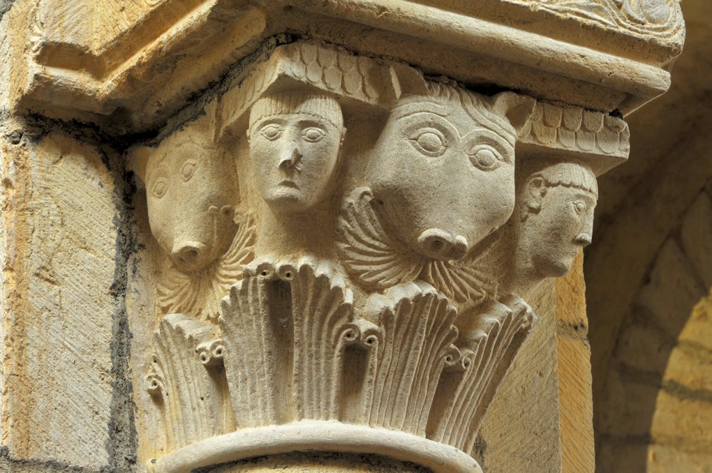 Anzy-le-Duc - Eglise priorale - Animaux et masques