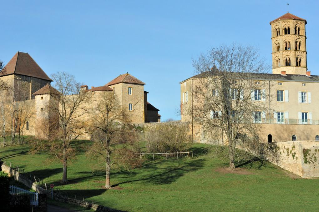Anzy-le-Duc - Le prieuré