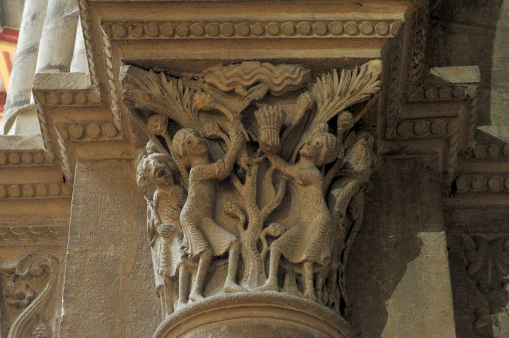 Chalon-sur-Saône - Cathédrale Saint-Vincent - Chapiteau de la nef : Caïn et Abel