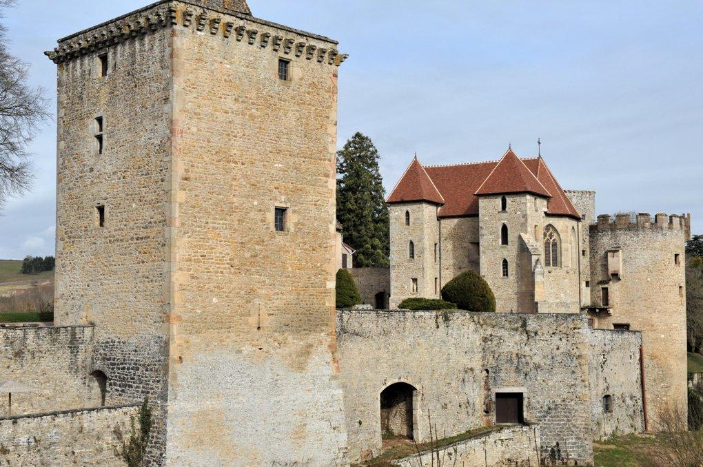 Couches - Le chateau (XIIe au XVe siècle)