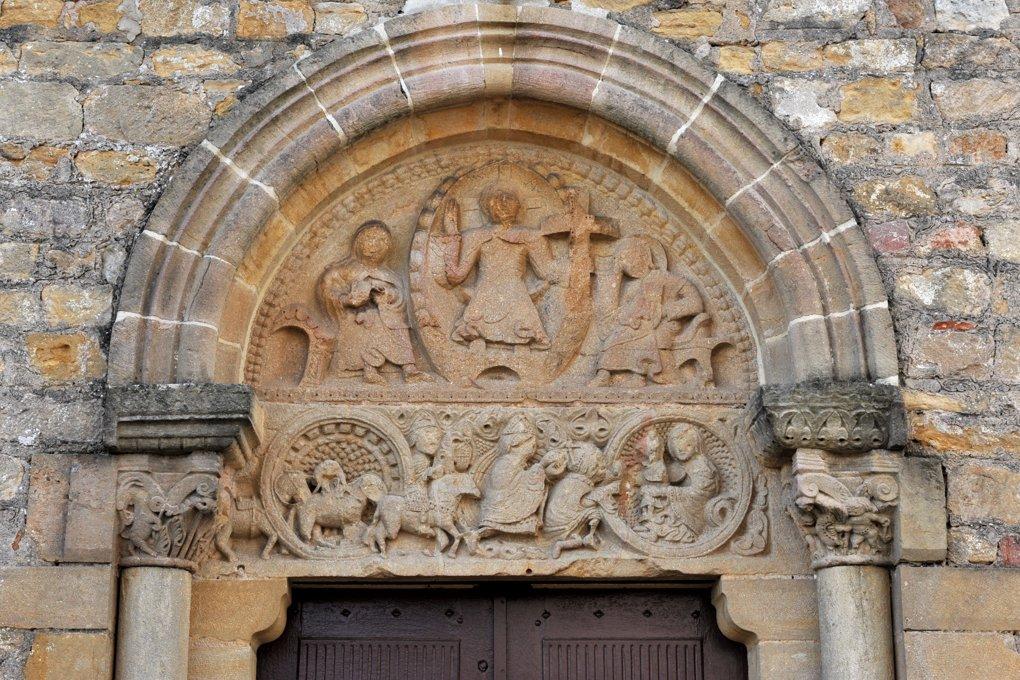 Fleury-la-Montagne - Eglise Saint-Barthélémy (XIIe siècle) - Le tympan