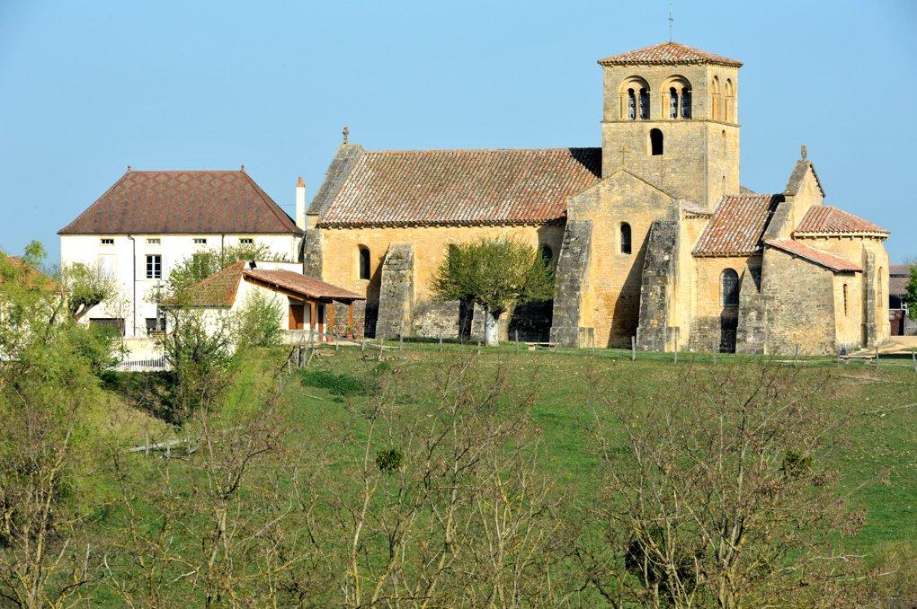 Iguerande - Ancienne priorale Saint-André (XIIe siècle)