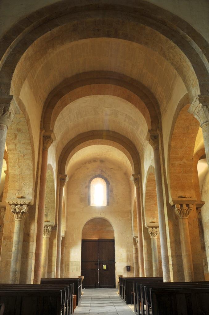 Iguerande - Ancienne priorale Saint-André (XIIe siècle) - La nef