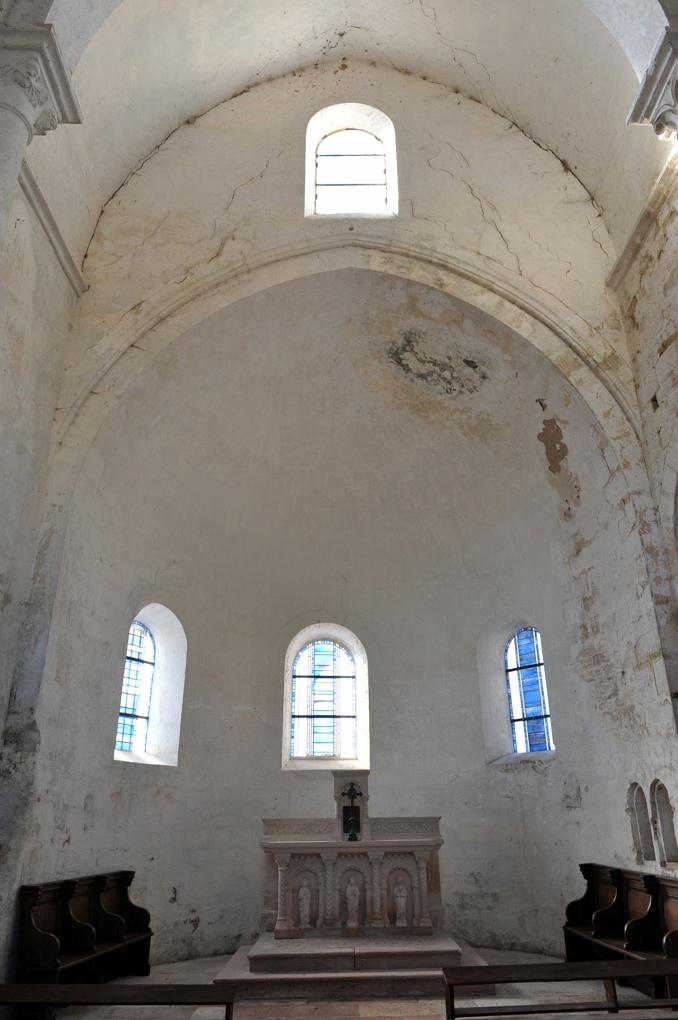 Chapaize - Eglise priorale ruinée de Lancharre : le choeur (v. 1150)