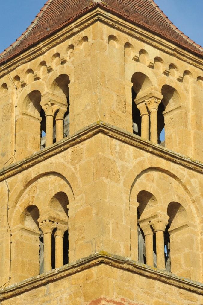 Montceaux-l'Etoile - Eglise Saint-Pierre-et-Saint-Paul - Le clocher