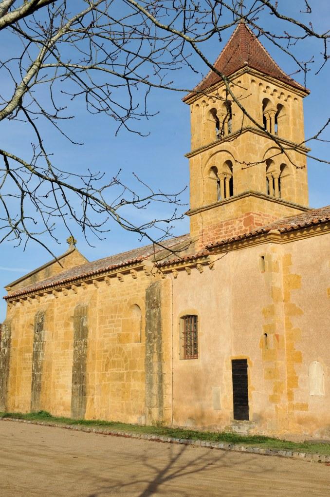Montceaux-l'Etoile - Eglise Saint-Pierre-et-Saint-Paul (XIIe siècle)