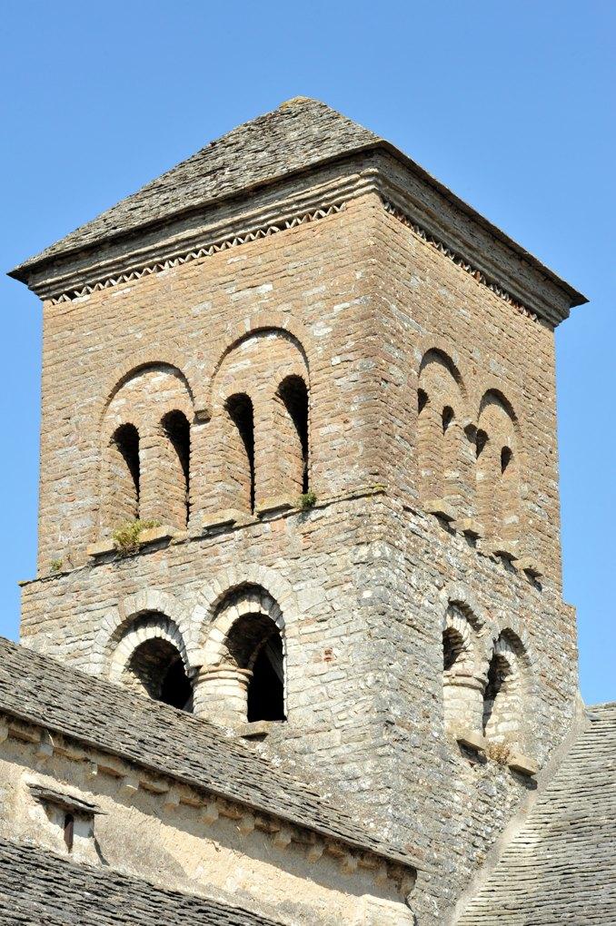 Sennecey-le-Grand - Eglise Saint-Julien (XIe-XIVe siècle) - Le clocher (milieu du XIe et début du XIIe siècle)